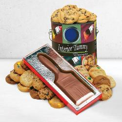 Painting cookie tin and chocolate paint brush gift box