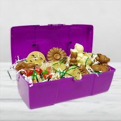 Toolbox Cookie and chocolate easter basket