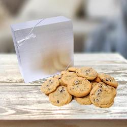 Signature Silver Cookie Gift Box